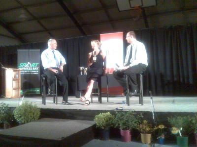 Sarah Ulmer flanked by MCs Ian Sharp and Simon Law from Central FM