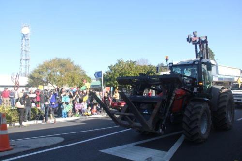 rally main street tractor