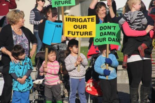rally placards kids